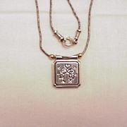 Silver/14k Love/Kiss Pendent Necklace