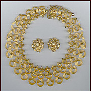 Brilliant Gold Tone Cleopatra Style BSK Bib Necklace & Clip Back Earrings Set MINT Condition
