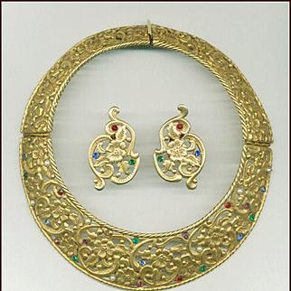 HUGE Jeweled Hinged Pierced Metal Collar & Earrings