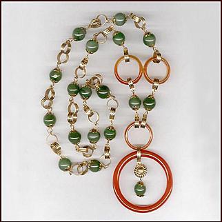 Elegant Two Tone Jade Necklace