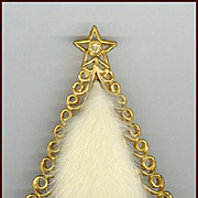 Novelty Tancer II Fur Christmas Tree Pin