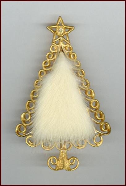 Novelty Tancer II Fur Christmas Tree Pin
