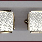 Beautiful SWANK Iridescent Mother of Pearl Cufflinks Crosshatch Pattern