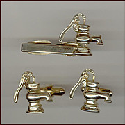 HICKOK Water Pump Cufflinks & Tie Clip with Movable Pump Handle