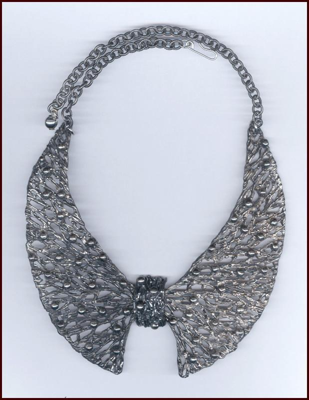 NAPIER Brutalist Style Silver Tone Hinged Collar Necklace