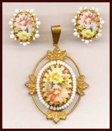 MIRIAM HASKELL Floral Porcelain Cabochon Pendant & Earrings Set