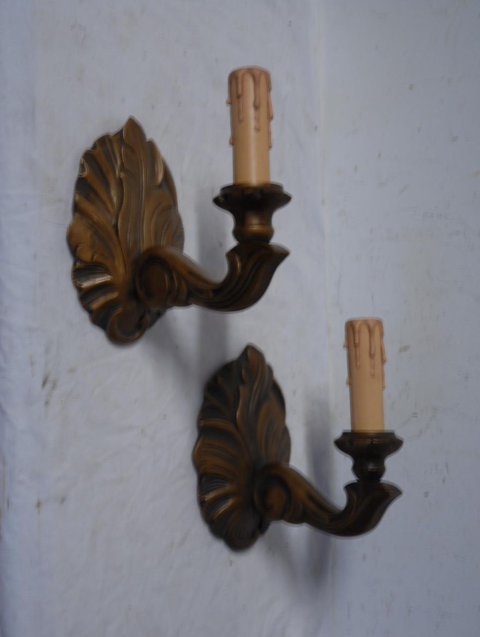 Vintage Pair Gilded Carved Wood 1-light Wall Sconces