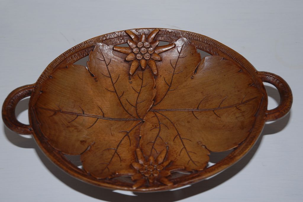 Lovely Carved Wood Swiss Black Forest Tray Bowl with Musical Movement
