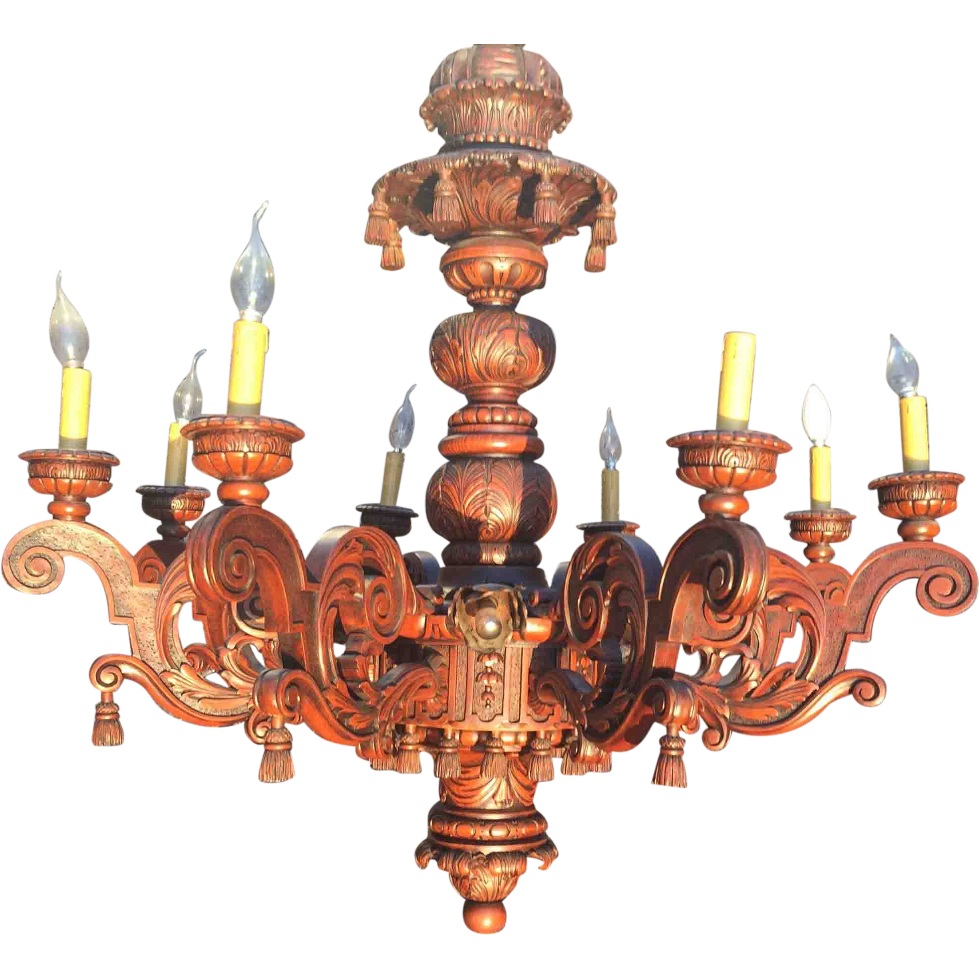 Richly Carved in Wood 16-light Baroque Chandelier Pendant