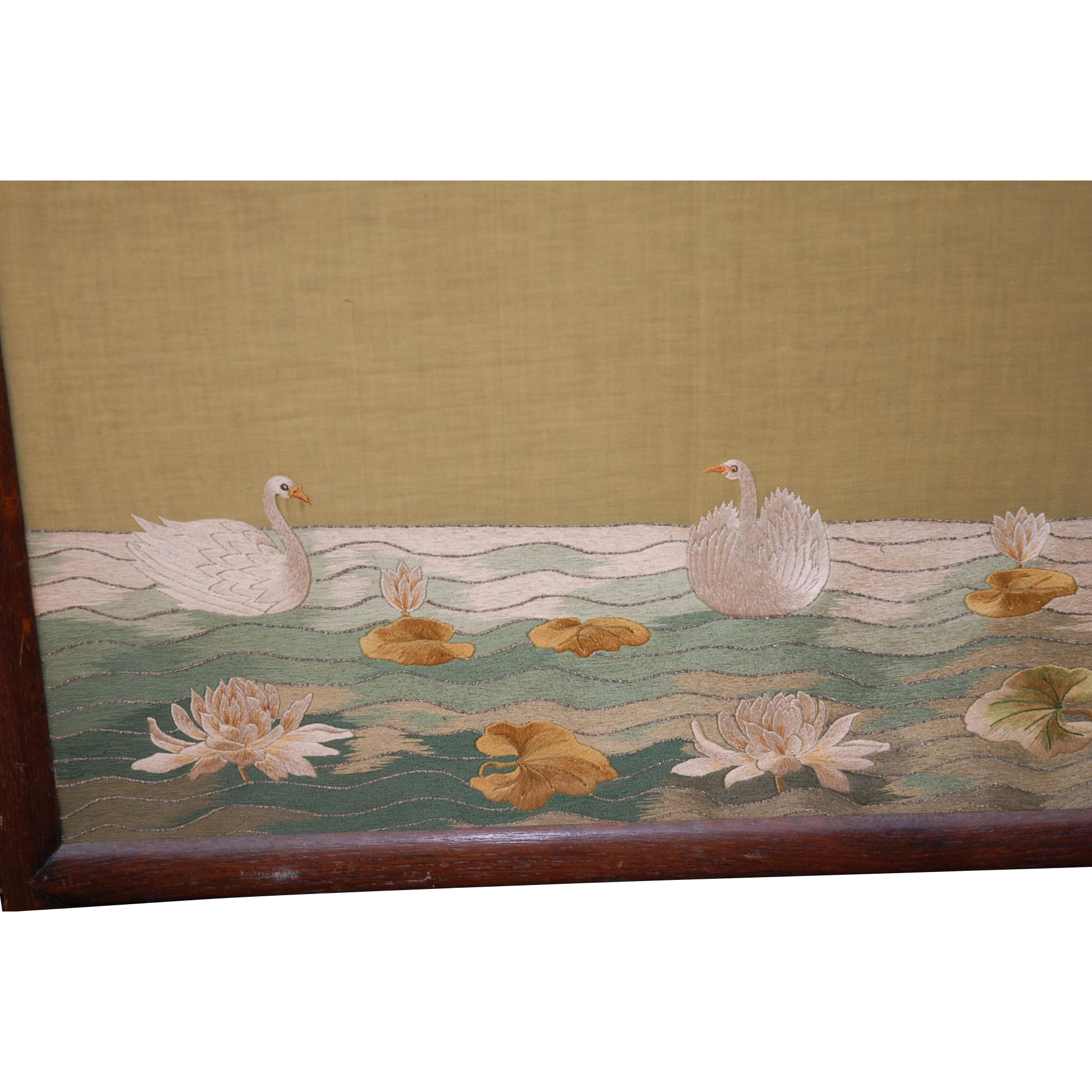 Three Fold Wall Screen with Flowery / Swan Decor Needle Work