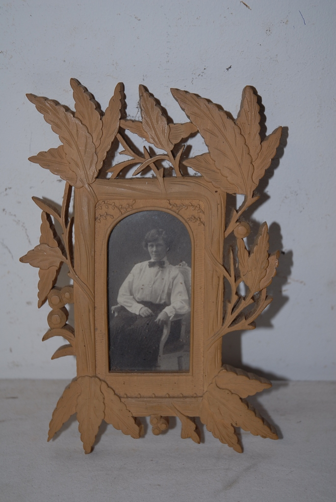 An Antique Finest Carved Wood Picture Frame