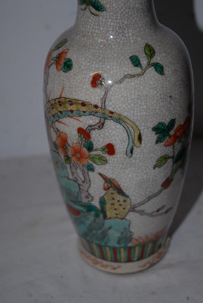 how to clean porcelain vase
