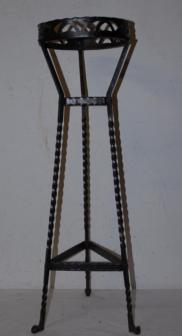 Arts & Craft Wrought Iron Plant Stand / Holder