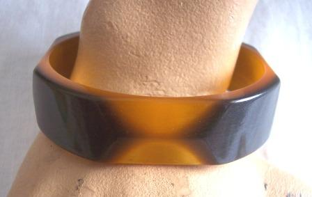 UNIQUE Vintage LUCITE Bangle Two-Toned and Faceted