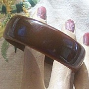 CHIC Vintage BAKELITE Bangle Chocolate Brown Bakelite!