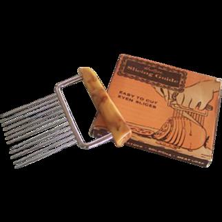 Unique Vintage BAKELITE Kitchenware Slicing Guide HOSTESS Brand Mint in Box!