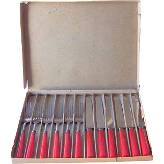 Vintage Bakelite Kitchenware Flatware Set Marked VALLEY FORGE Svc. for 6 Cherry Red Bakelite Mint in Box