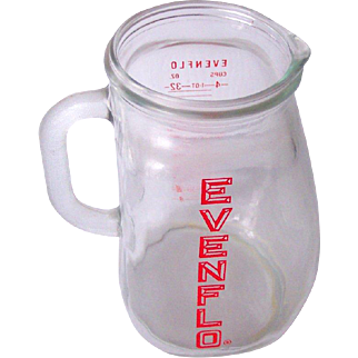 EVENFLO Vintage Glass Pitcher Infant Formula Pitcher 4 Cup Measurements Circa 1950's Mint!
