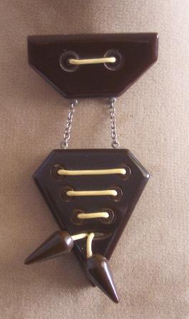 RARE Vintage BAKELITE Brooch Pin Dangling Style Art Deco Design