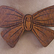 FABULOUS Vintage Wood Brooch Bow Brooch Painted Details