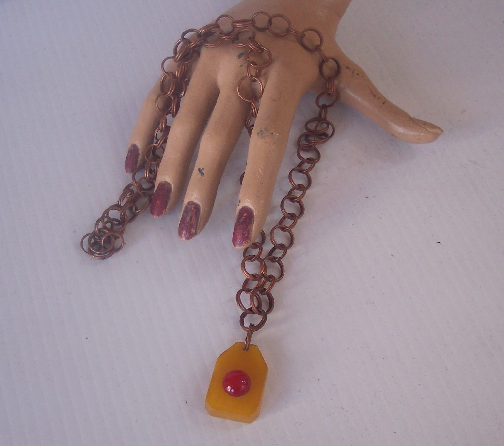 Vintage BAKELITE Necklace Two Toned Bakelite Pendant Necklace Copper Link Chain