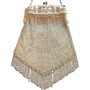 Beautiful Whiting and Davis Filigree Rigid Frame Mesh Purse
