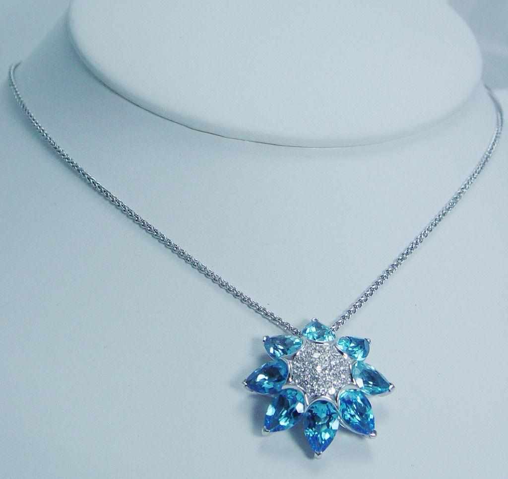 Designer Jewelry Oro Trend 18K White Gold Blue Topaz Diamond Necklace Italy
