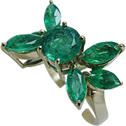 Vintage 18K Yellow Gold Quality Colombian Emeralds Flower Ring Jewelry