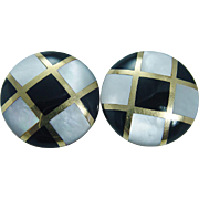 Vintage Tiffany 18K Yellow Gold Black Onyx Inlaid Mother of Pearl Earrings
