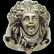 Vintage Art Nouveau 14K Yellow Gold Goddess Poison Ring Opens