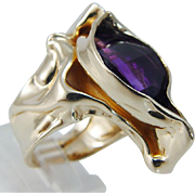 Vintage 14K Yellow Gold Amethyst Free form Setting Signed Designer Cocktail Ring