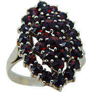 Vintage 14K Yellow Gold Rose cut Bohemian Garnets Garnet Ring