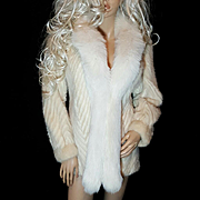 Stunning Vintage Beige/Blonde Mink Fur Coat/Jacket White Fox Fur Trim~Chevron Design