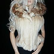 Vintage Blonde/Off White Ruffled Mink Fur Hooded Vest/Coat/Jacket W/Sable Fringe