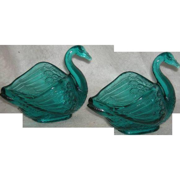 Pair, Fenton, Teal Blue, Swan Salts