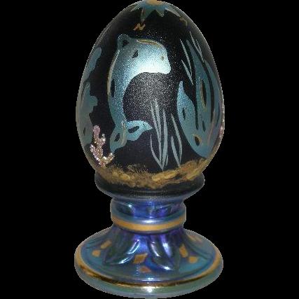 Fenton, Cobalt Blue, Hand Painted, Satin & Iridescent Egg