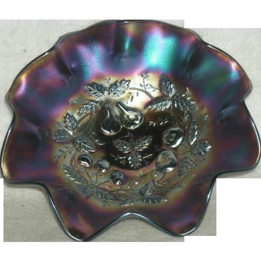 Northwood, Amethyst, Three Fruits Medallion Carnival Glass Bowl