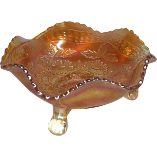 Fenton, Small, Marigold, Two Flowers Carnival Glass Berry Bowl