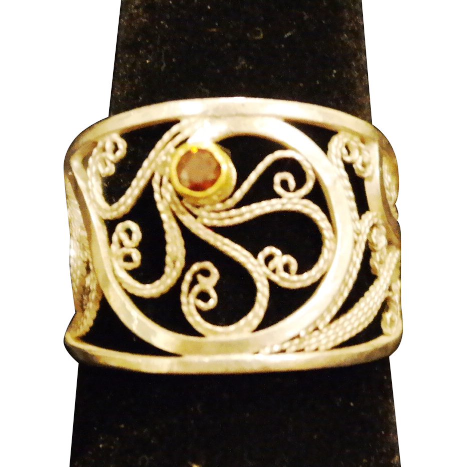 Sterling & fine Silver Filigree Red Diamond Ring