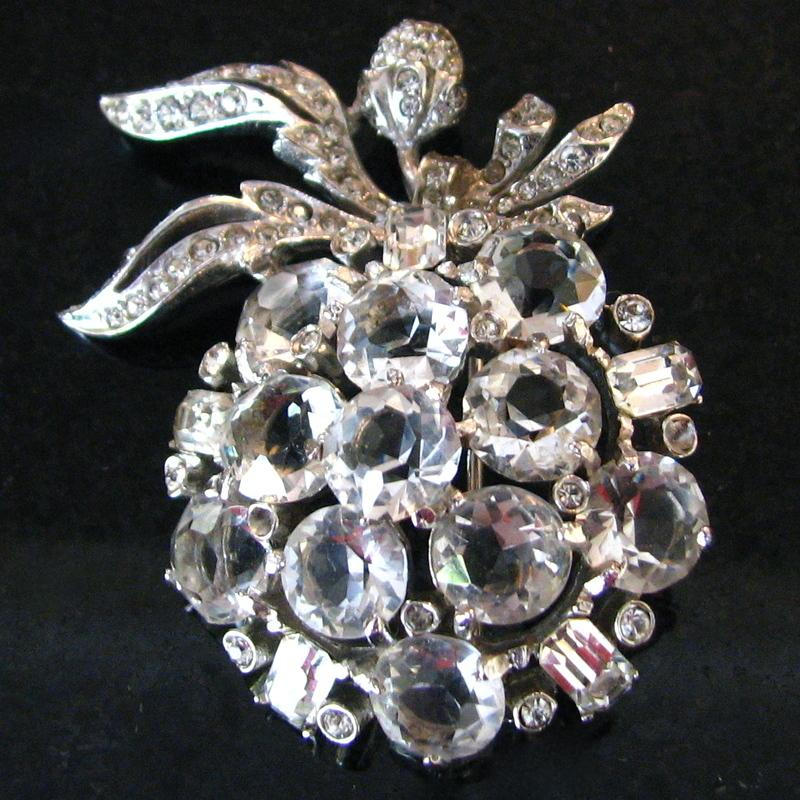 Lovely vintage rhinestone apple brooch from fabjewelry on for Jewelry repair san rafael