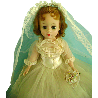 Vintage Madame Alexander Cissette Bride Doll in Tagged Clothes Gown