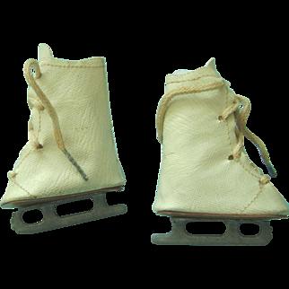Vintage Oilcloth Doll Ice Skates Mary Hoyer Madame Alexander Sonja Henie Babs