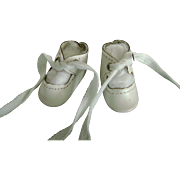 "Vintage White Leather Doll Shoes 2"" long, Toni P90 Shirley Temple Effanbee Patsy Kin Madame Alexander"
