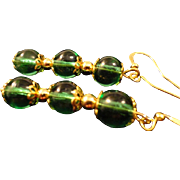 VINTAGE Emerald green glass dangle pierced earrings