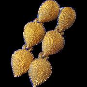 VINTAGE Three tear drops dangle post earrings in gold tone