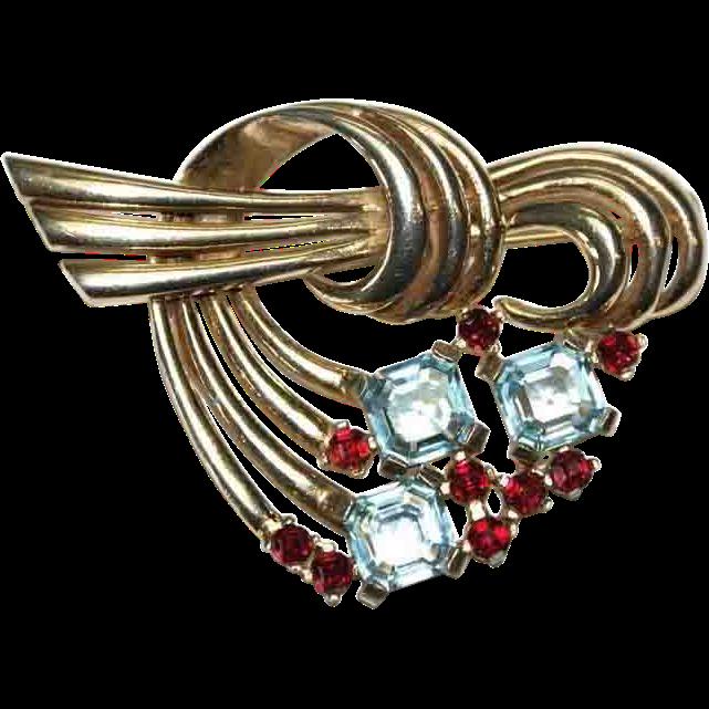 Boucher Deco Faux Ruby Swirl Pin