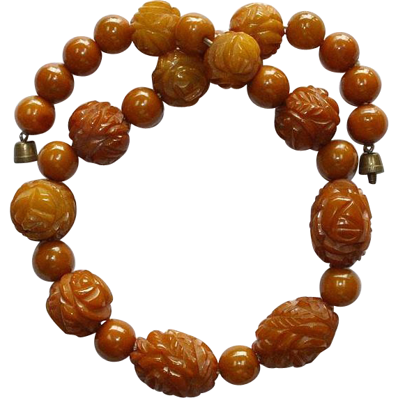 Bakelite Graduated Bead Deeply Carved Necklace