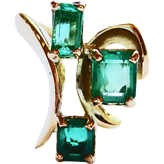 Emerald Ring in 18k Yellow Gold ~ circa 150's