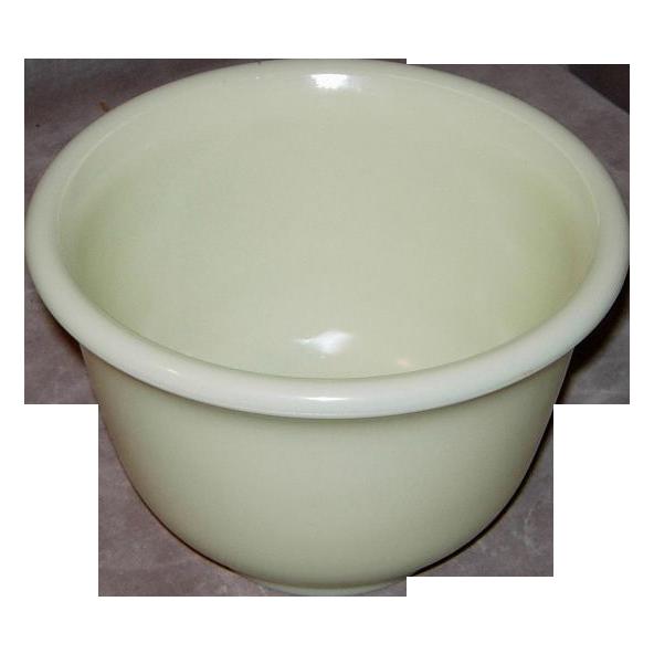 Vintage Hamilton Beach Pale Yellow Custard Glass Mixer Bowl
