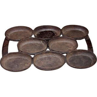 Nathaniel Waterman No. 5 Cast Iron Oval Egg-Muffin Pan